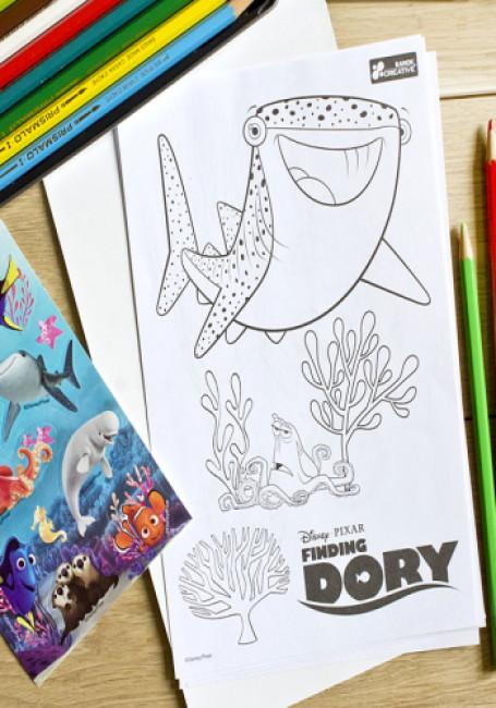 Раскрась и наклей. Рыбка Дори. Disney